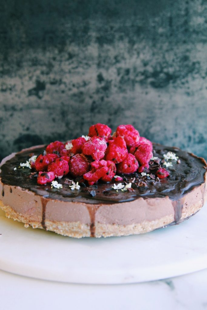 Vegan Chocolate & Raspberry Mousse Cake {no bake}