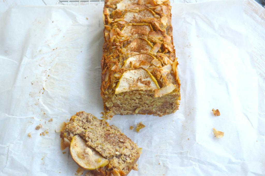 Apple, Cinnamon & coconut loaf